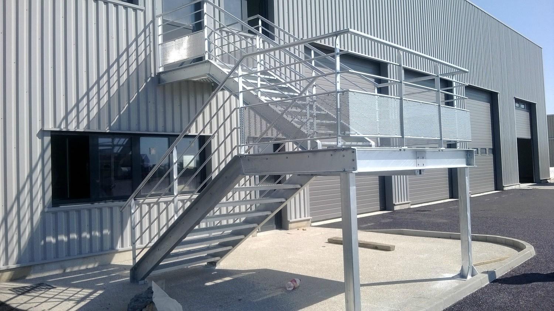 fabrication-escaliers-metalliques